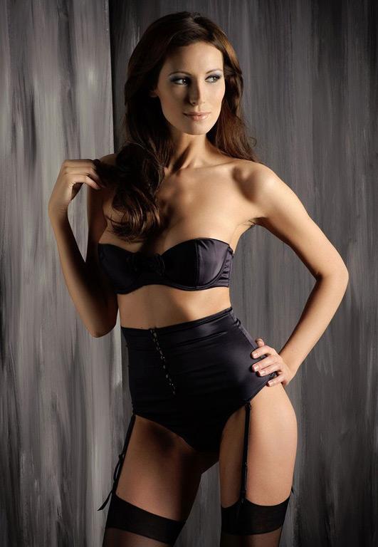 Anja-F-female-model-berlin-9-k