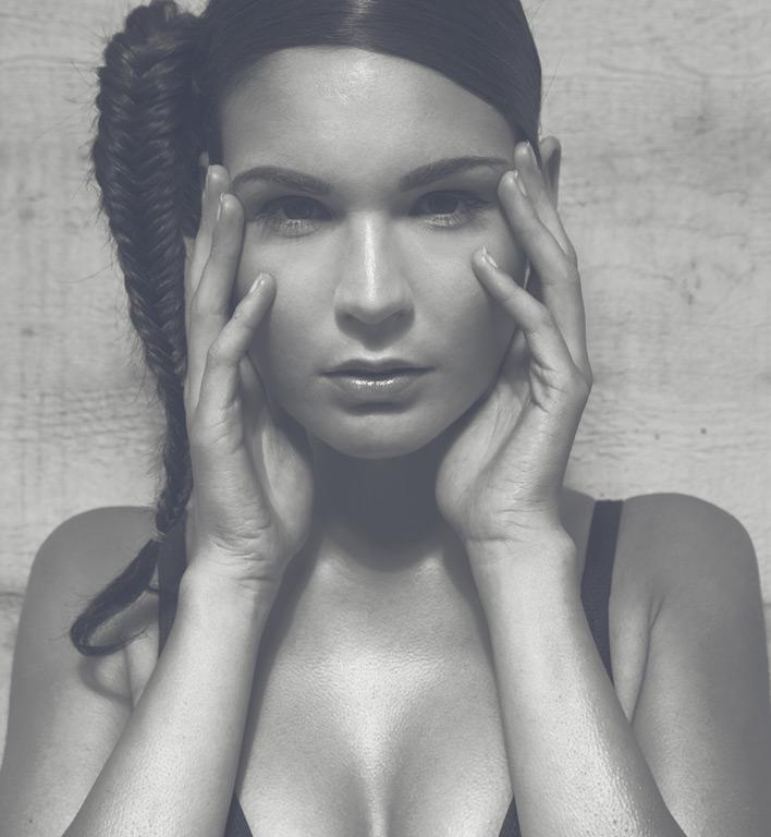 Model-ABC-female-model-Titel-k