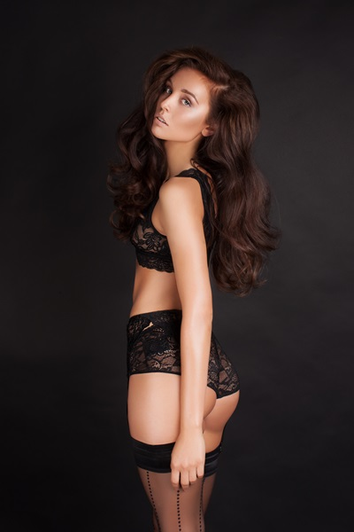 Anne-L-female-model-berlin-11
