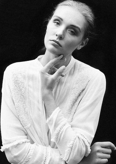 Anne-L-female-model-berlin-6