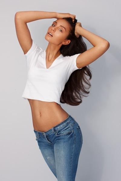 Anne-L-female-model-berlin-7