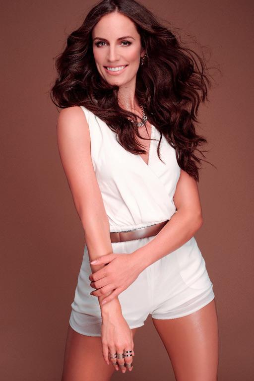 Daniela-female-model-b-2_k