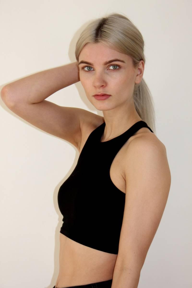Lisa-female-model-berlin-7