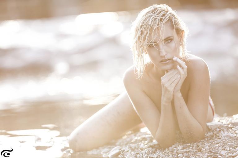 Sarah-female-model-b-6_k