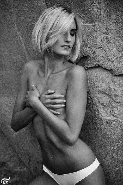 Sarah-female-model-b-9_k